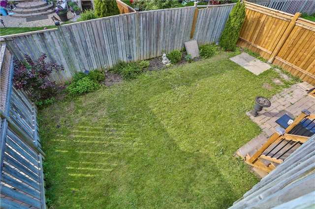 Semi-detached at 36 Madeira Ave, Vaughan, Ontario. Image 10