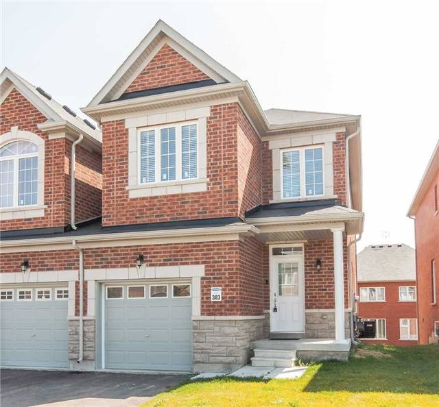 Townhouse at 14 Collin Crt, Richmond Hill, Ontario. Image 1