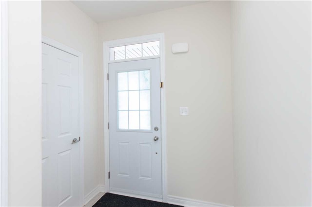 Townhouse at 14 Collin Crt, Richmond Hill, Ontario. Image 12