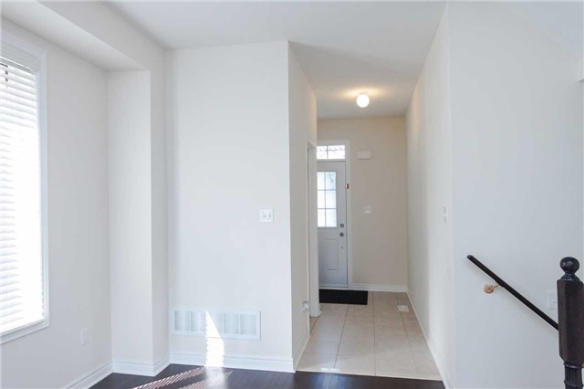 Townhouse at 14 Collin Crt, Richmond Hill, Ontario. Image 14