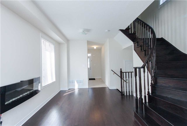 Townhouse at 14 Collin Crt, Richmond Hill, Ontario. Image 16