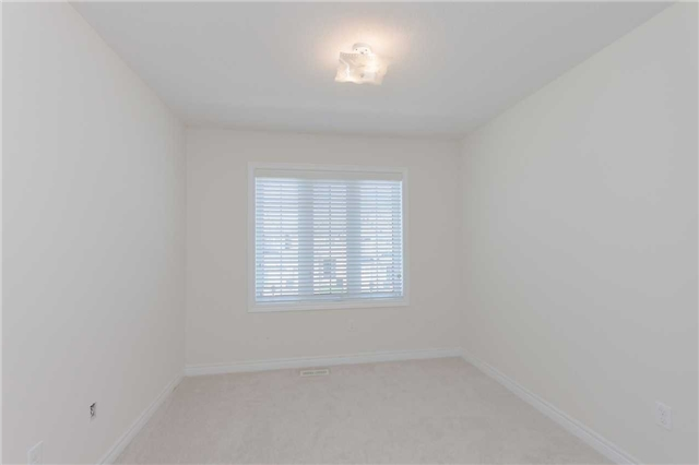 Townhouse at 14 Collin Crt, Richmond Hill, Ontario. Image 13