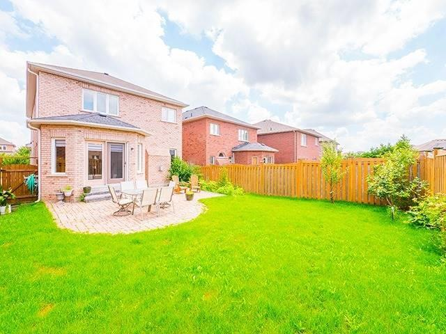 Detached at 22 Sandy Point Dr, Richmond Hill, Ontario. Image 10