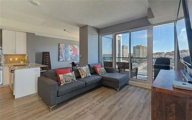 Condo Apartment at 9600 Yonge St, Unit 702, Richmond Hill, Ontario. Image 15
