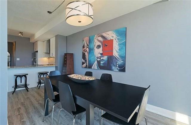 Condo Apartment at 9600 Yonge St, Unit 702, Richmond Hill, Ontario. Image 2