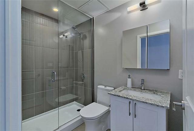 Condo Apartment at 9600 Yonge St, Unit 702, Richmond Hill, Ontario. Image 5