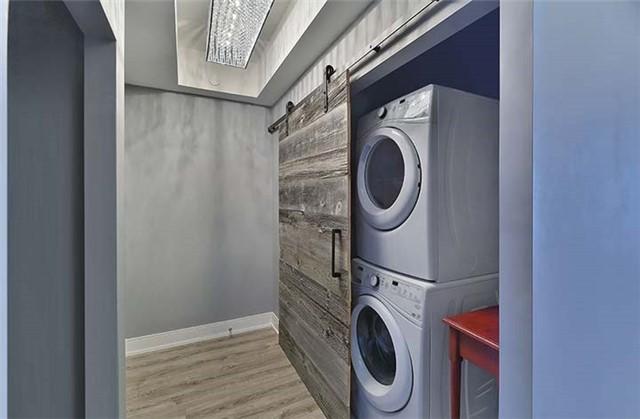 Condo Apartment at 9600 Yonge St, Unit 702, Richmond Hill, Ontario. Image 8