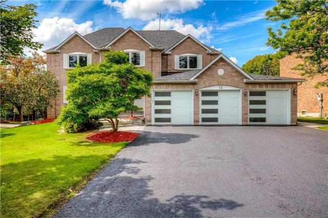 Detached at 12 Harrowsmith Pl, Richmond Hill, Ontario. Image 1