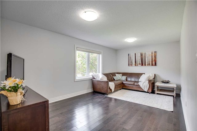Detached at 12 Harrowsmith Pl, Richmond Hill, Ontario. Image 14