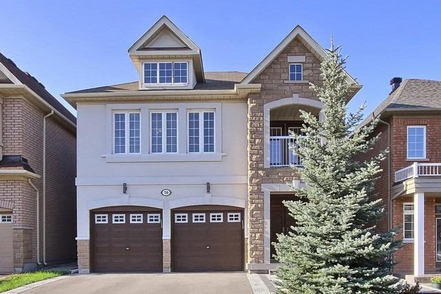 Detached at 70 Vivaldi Dr, Vaughan, Ontario. Image 1