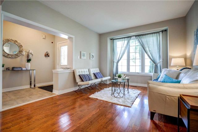 Detached at 88 Skywood Dr, Richmond Hill, Ontario. Image 13