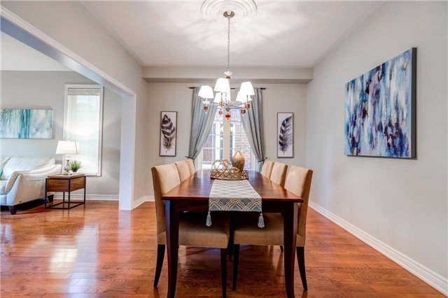 Detached at 88 Skywood Dr, Richmond Hill, Ontario. Image 16