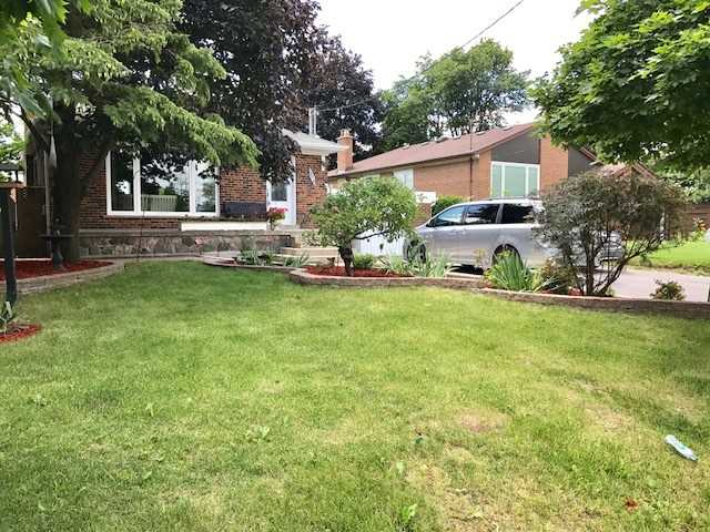 Detached at 304 Crosby Ave, Richmond Hill, Ontario. Image 1