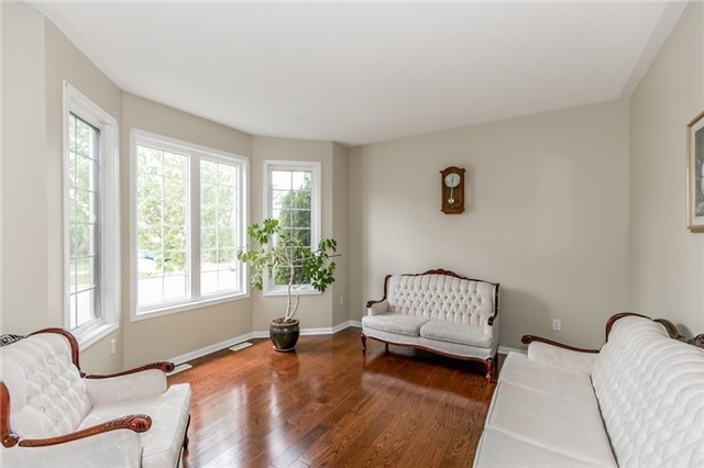 Detached at 34 Dunning Dr, New Tecumseth, Ontario. Image 14