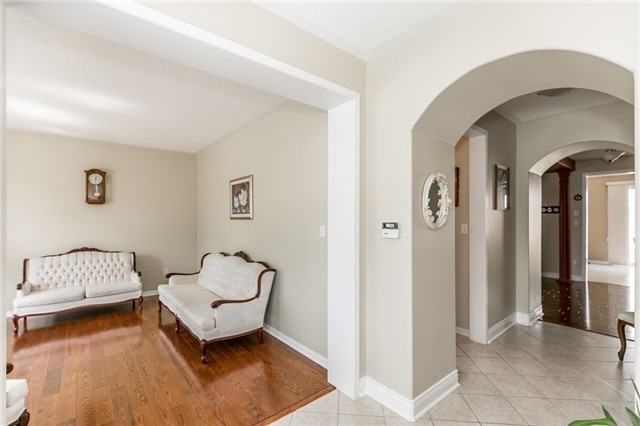 Detached at 34 Dunning Dr, New Tecumseth, Ontario. Image 16