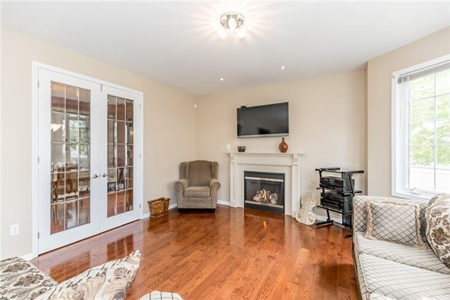 Detached at 34 Dunning Dr, New Tecumseth, Ontario. Image 17