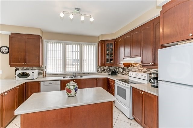 Detached at 34 Dunning Dr, New Tecumseth, Ontario. Image 20