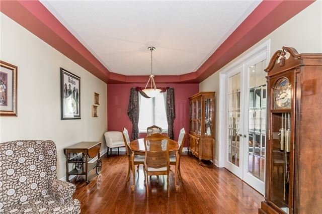 Detached at 34 Dunning Dr, New Tecumseth, Ontario. Image 5