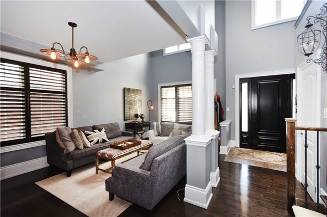 Detached at 21 Bosco Dr, Vaughan, Ontario. Image 12