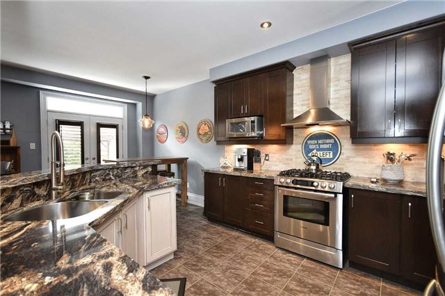 Detached at 21 Bosco Dr, Vaughan, Ontario. Image 17