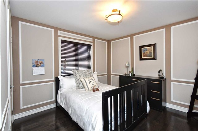 Detached at 21 Bosco Dr, Vaughan, Ontario. Image 5