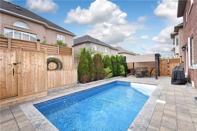 Detached at 21 Bosco Dr, Vaughan, Ontario. Image 13