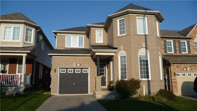 Detached at 21 Davidson Dr, New Tecumseth, Ontario. Image 1