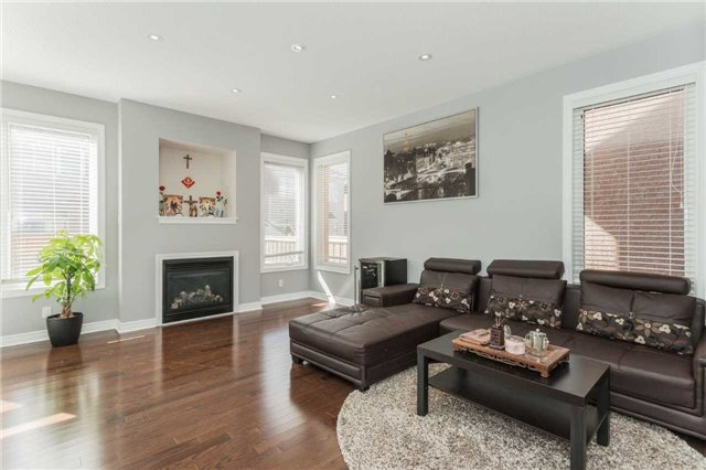 Detached at 79 Acer Cres, Whitchurch-Stouffville, Ontario. Image 15