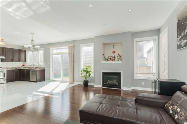 Detached at 79 Acer Cres, Whitchurch-Stouffville, Ontario. Image 16