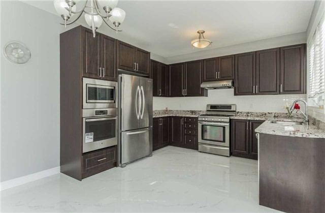 Detached at 79 Acer Cres, Whitchurch-Stouffville, Ontario. Image 17