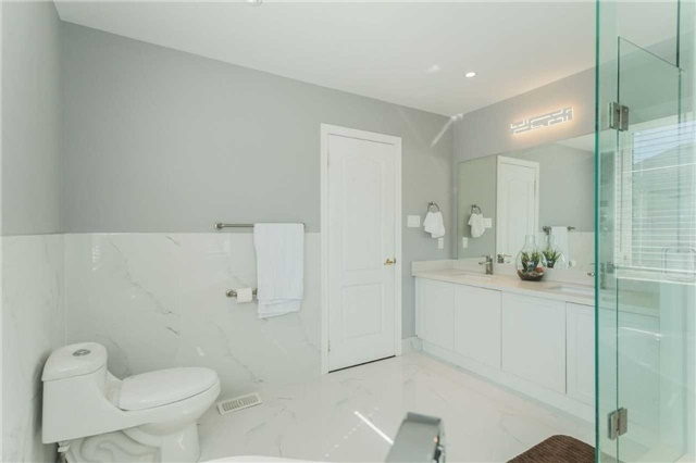 Detached at 79 Acer Cres, Whitchurch-Stouffville, Ontario. Image 3