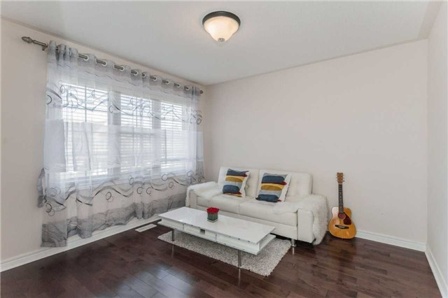 Detached at 79 Acer Cres, Whitchurch-Stouffville, Ontario. Image 7