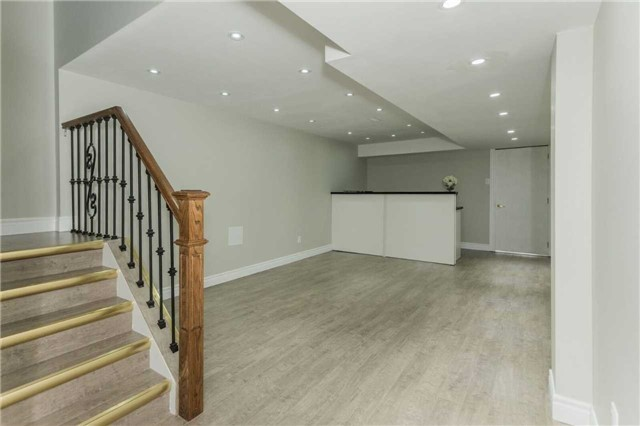 Detached at 79 Acer Cres, Whitchurch-Stouffville, Ontario. Image 9