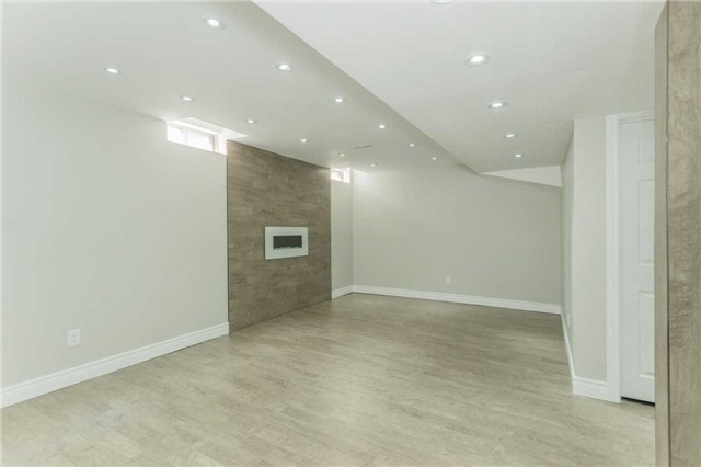 Detached at 79 Acer Cres, Whitchurch-Stouffville, Ontario. Image 10
