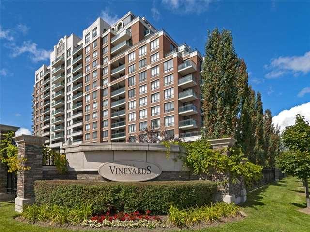 Condo Apartment at 350 Red Maple Rd, Unit Ph3, Richmond Hill, Ontario. Image 1