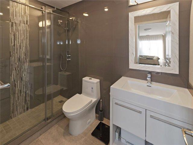 Condo Apartment at 350 Red Maple Rd, Unit Ph3, Richmond Hill, Ontario. Image 13