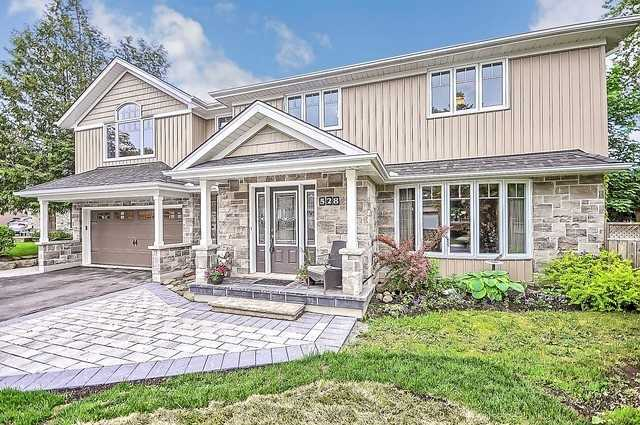 Detached at 528 Elm Rd, Whitchurch-Stouffville, Ontario. Image 1