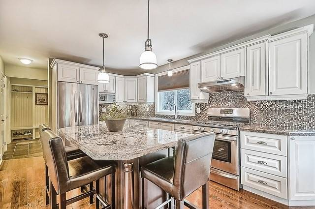 Detached at 528 Elm Rd, Whitchurch-Stouffville, Ontario. Image 17