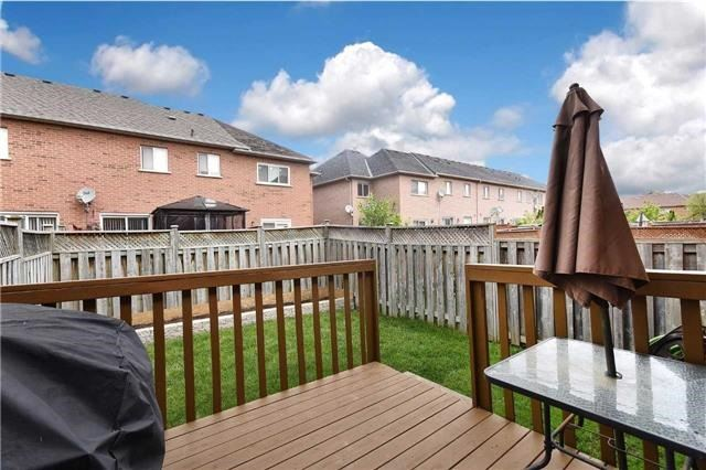 Townhouse at 94 Parktree Dr, Vaughan, Ontario. Image 11