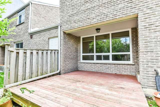 Condo Townhouse at 646 Village Pkwy, Unit 34, Markham, Ontario. Image 10