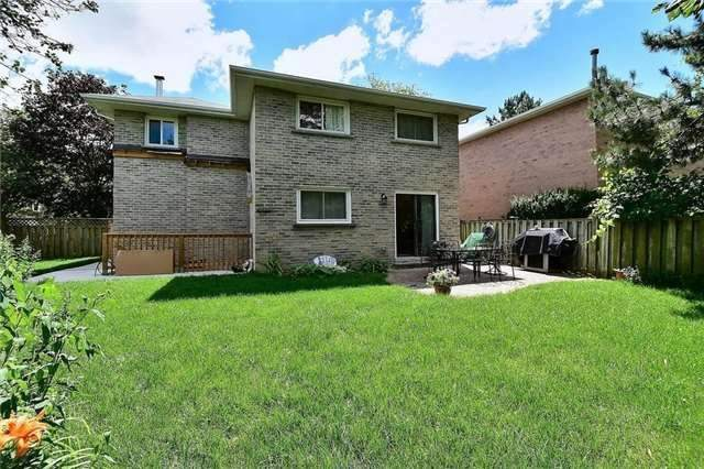 Detached at 54 Misty Moor Dr, Richmond Hill, Ontario. Image 11