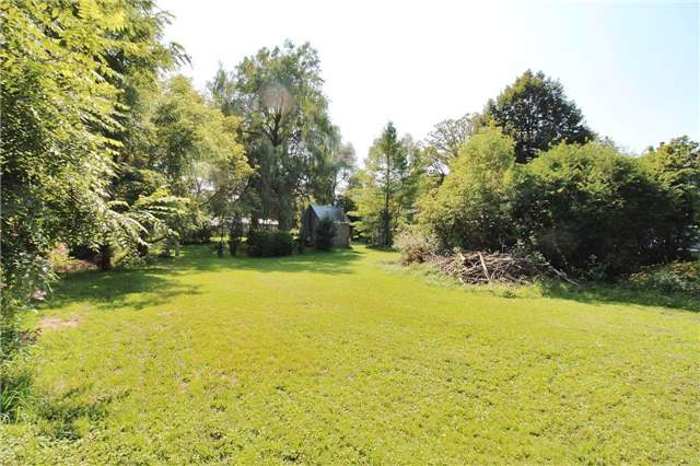 Detached at 181 Charlotte St S, Newmarket, Ontario. Image 10