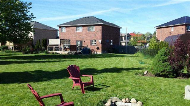 Detached at 2251 Jack Cres, Innisfil, Ontario. Image 9