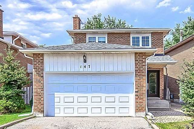 Detached at 147 Stephenson Cres, Richmond Hill, Ontario. Image 1