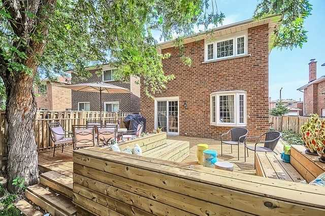 Detached at 147 Stephenson Cres, Richmond Hill, Ontario. Image 11
