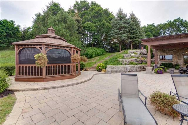 Detached at 16460 11th Concession Rd, King, Ontario. Image 13