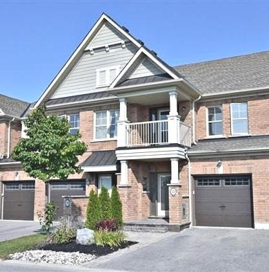 Townhouse at 21 Northwest Passage, Whitchurch-Stouffville, Ontario. Image 1