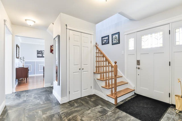 Detached at 35 Squire Bakers Lane, Markham, Ontario. Image 12