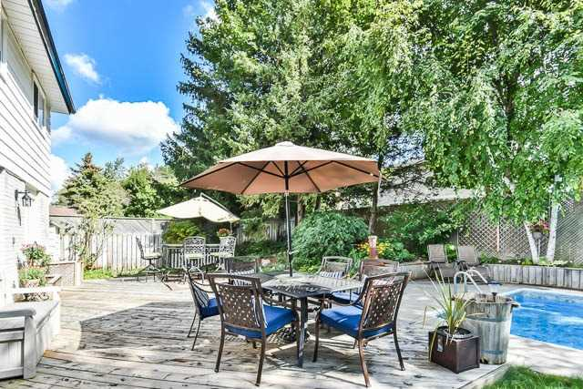 Detached at 35 Squire Bakers Lane, Markham, Ontario. Image 9