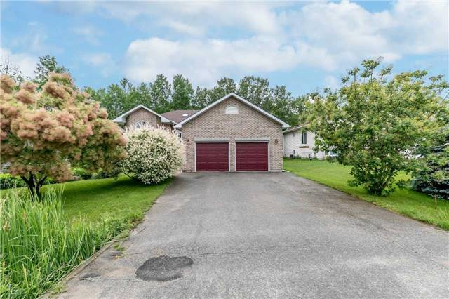 Detached at 1152 Arnold St, Innisfil, Ontario. Image 1